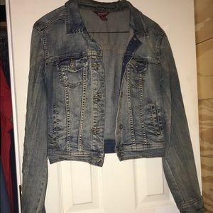 Women's Arizona jean jacket. Medium